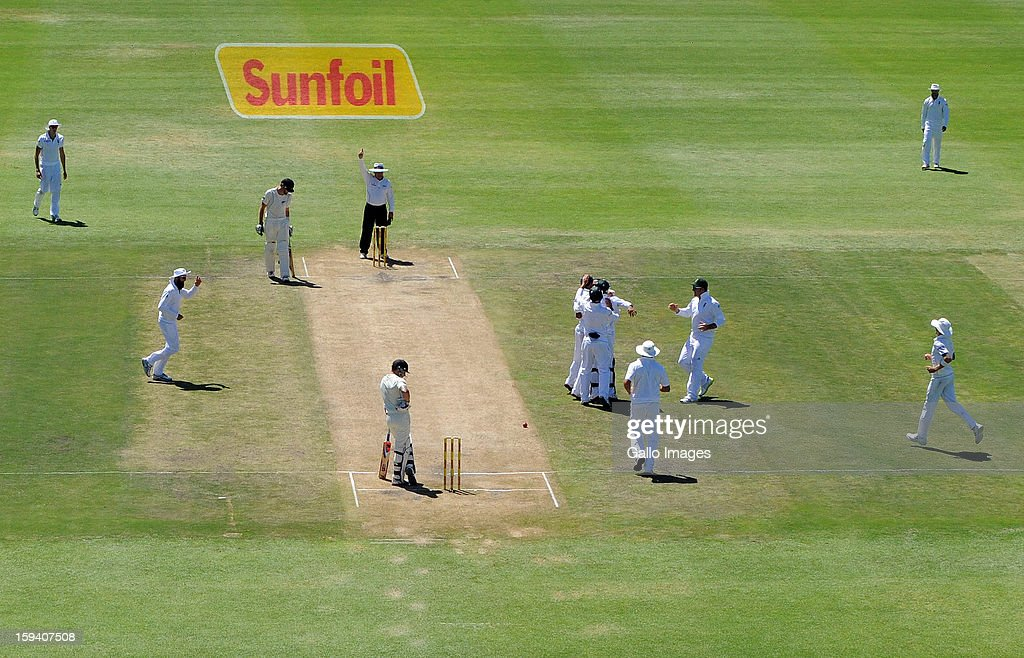 South Africa celebrates another wicket during day 3 of the 2nd Test match between South Africa and New Zealand at Axxess St Georges on January 13, 2013 in Port Elizabeth, South Africa
