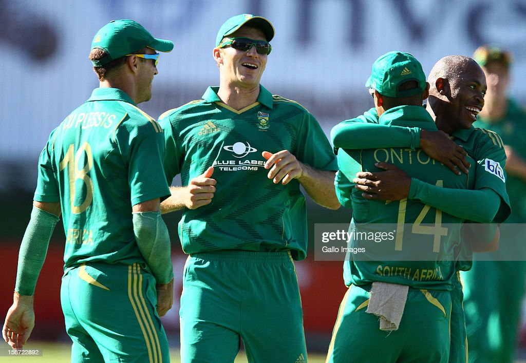 South Africa celebrates Justin Ontong catching out Brendon McCullum of New Zealand during the 3rd T20 International match between South Africa and New Zealand at AXXESS St Georges on December 26, 2012 in Port Elizabeth, South Africa.