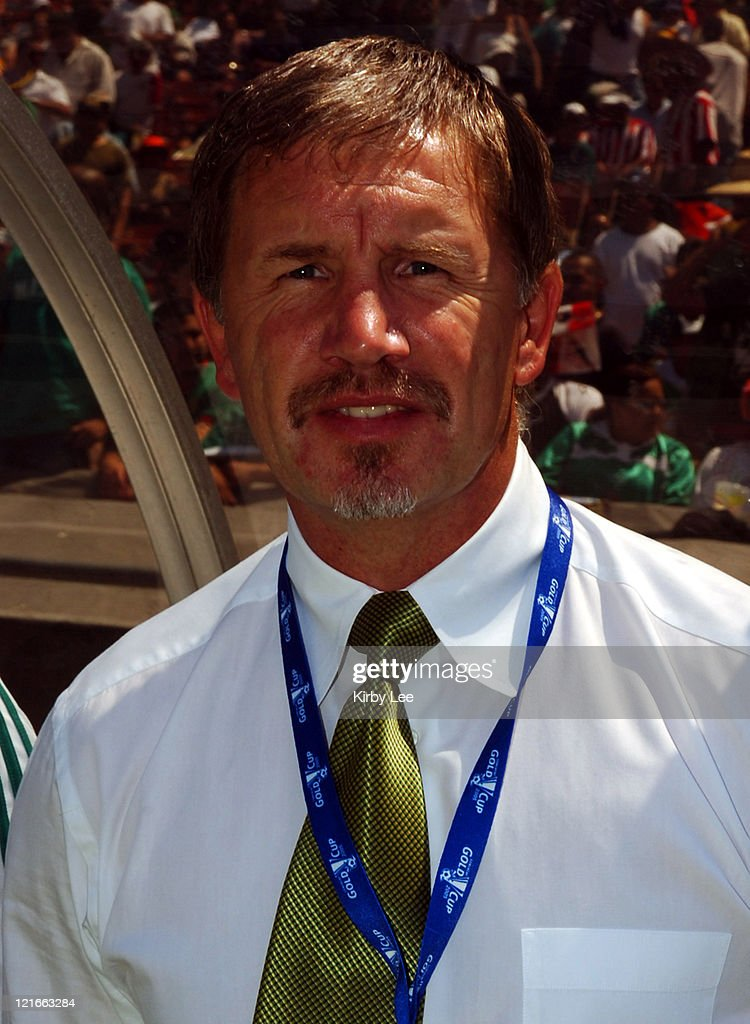 South Africa coach Stuart Baxter during CONCACAF Gold Cup soccer match against Jamaica at the Los Angeles Memorial Coliseum on Sunday July 10 2005...