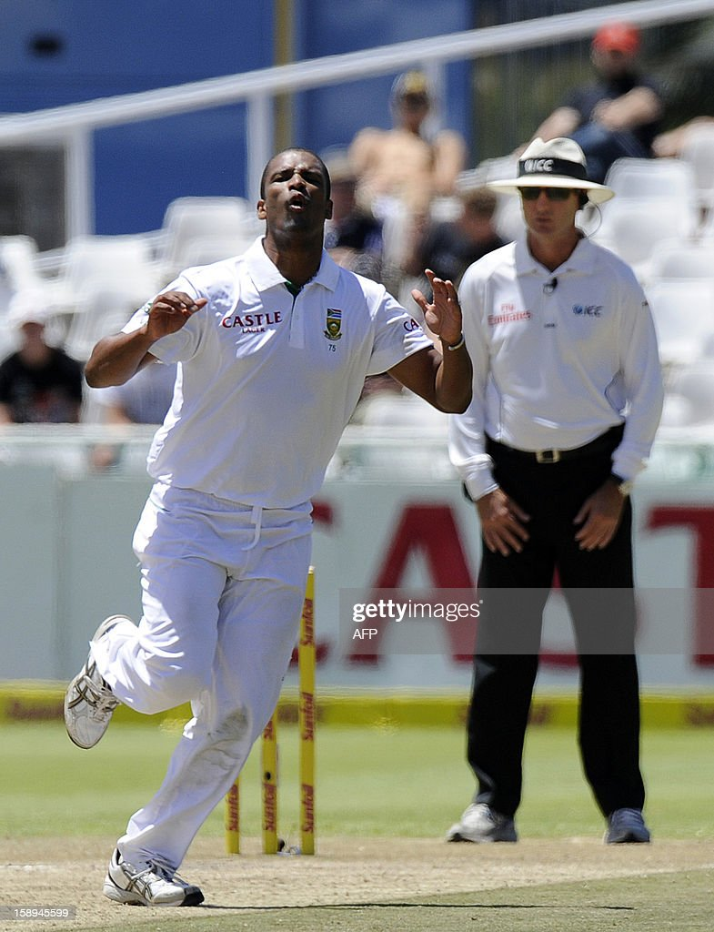 South Africa cricketer Vernon Philander reacts to a dropped ball during day 3 of the first Test match between South Africa and New Zealand, in Cape Town at Newlands, on January 4, 2013.