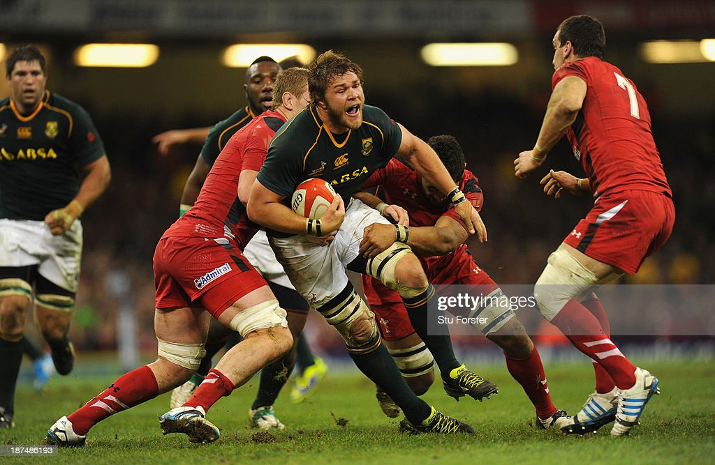 South Africa player <a gi-track='captionPersonalityLinkClicked' href=/galleries/search?phrase=Duane+Vermeulen&family=editorial&specificpeople=4511227 ng-click='$event.stopPropagation()'>Duane Vermeulen</a> makes a break during the International Match between Wales and South Africa at the Millennium Stadium on November 9, 2013 in Cardiff, Wales.