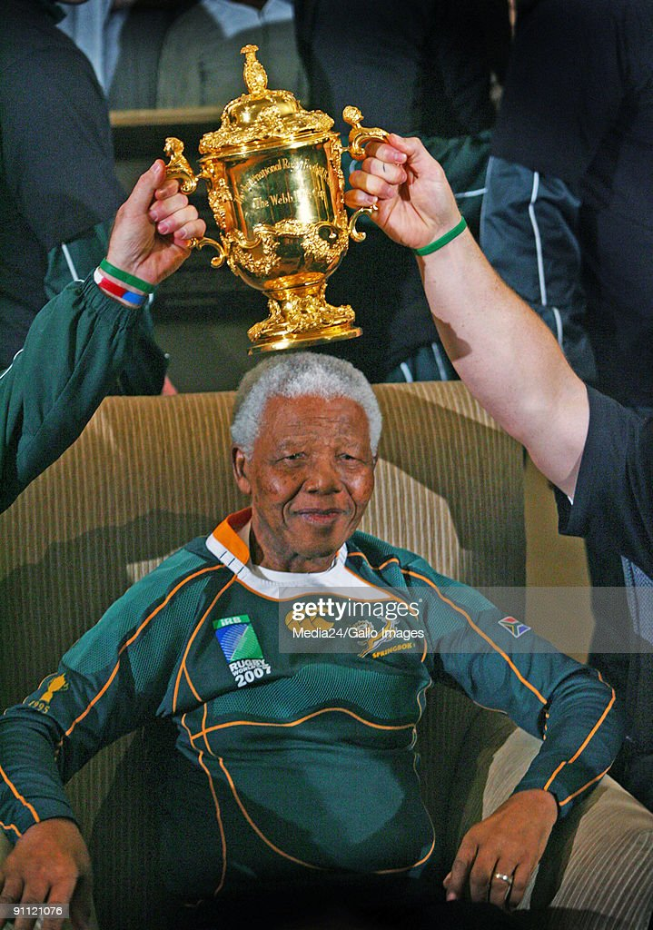 South Africa. The Sprinboks meet with Madiba at the <a gi-track='captionPersonalityLinkClicked' href=/galleries/search?phrase=Nelson+Mandela&family=editorial&specificpeople=118613 ng-click='$event.stopPropagation()'>Nelson Mandela</a> Foundation in Houghton.