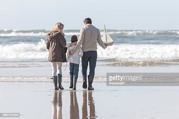 South Africa, Witsand, family on the beach