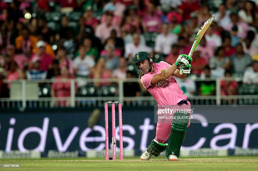 South African batsman AB de Villiers plays a shot during the fourth One Day International match between England and South Africa at Wanderers on February 12, 2016 in Johannesburg. South African player are dressed in pink to raise awareness for breast cancer. / AFP / GIANLUIGI GUERCIA