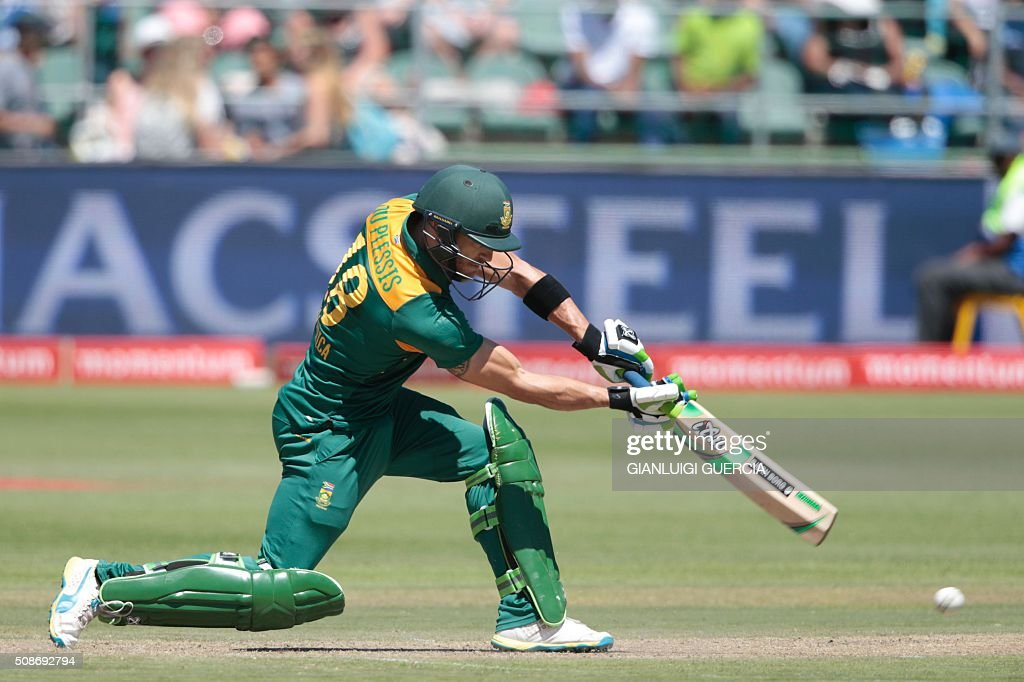 South African batsman Faf Du Plessis plays a shot during the second One Day International match between England and South Africa at St. George's park on February 6, 2016 in Port Elizabeth. / AFP / GIANLUIGI GUERCIA