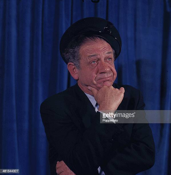 1968 South African born actor Sid James posed wearing a cap on the set of 'George and the Dragon' television series in 1968