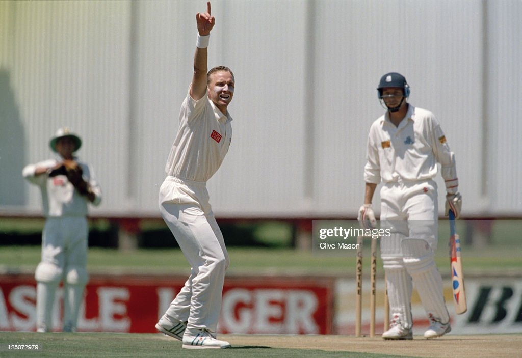 South African bowler <a gi-track='captionPersonalityLinkClicked' href=/galleries/search?phrase=Allan+Donald&family=editorial&specificpeople=2185652 ng-click='$event.stopPropagation()'>Allan Donald</a> (centre) appeals for the wicket of English batsman Mike Atherton during the 1st Test between England and South Africa at Centurion Park, Pretoria, South Africa, 16th-20th November 1995. The match ended in a draw.
