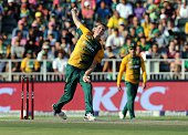 South African bowler Chris Morris bowls during the T20 cricket match between South Africa and Australia at the Wanderers stadium in Johannesburg...