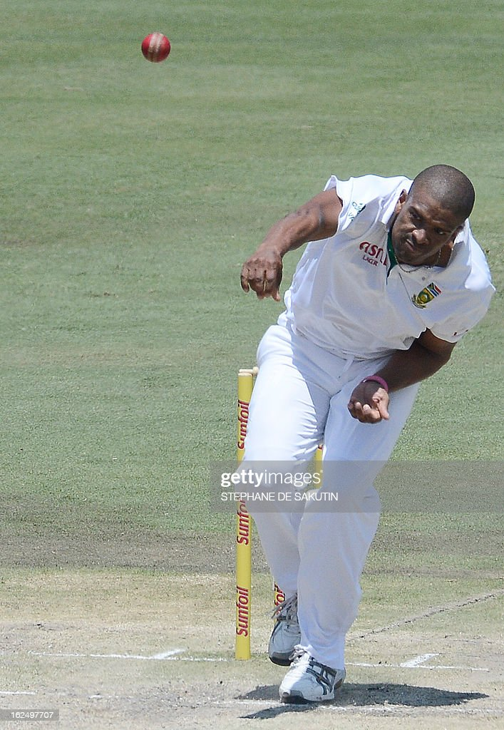 South African bowler Vernon Philander delivers a ball to Pakistan Batsman Azhar Ali (unseen) during the third day of the third Test match between South Africa and Pakistan on February 24, 2013 at Super Sport Park in Centurion.