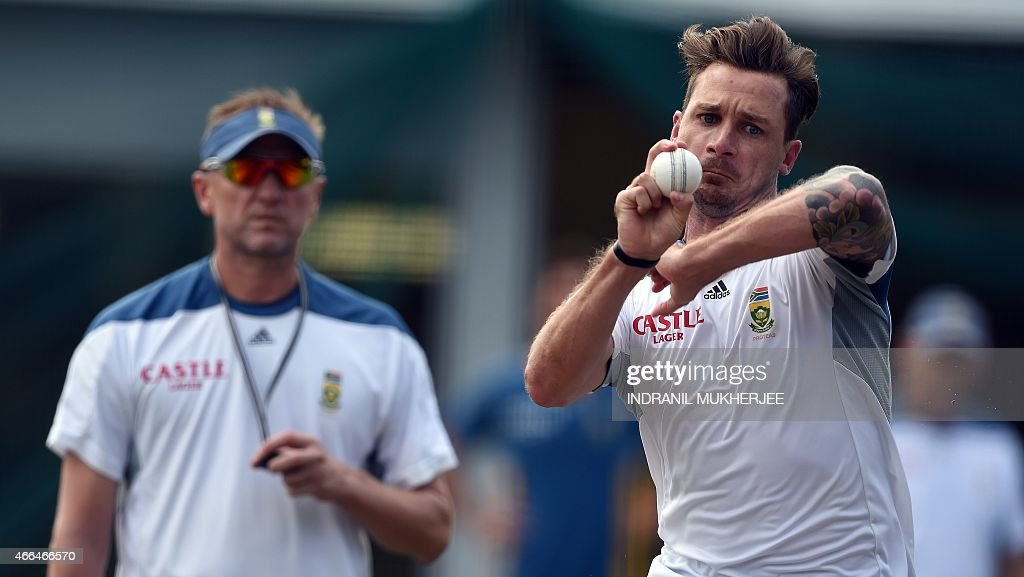 South African bowling coach Alan Donald (L) looks on as fast bowler <a gi-track='captionPersonalityLinkClicked' href=/galleries/search?phrase=Dale+Steyn&family=editorial&specificpeople=649553 ng-click='$event.stopPropagation()'>Dale Steyn</a> delivers a ball during a training session at the Sydney Cricket Ground ahead of the 2015 Cricket World Cup quarter-final match between Sri Lanka and South Africa in Sydney on March 16, 2015.