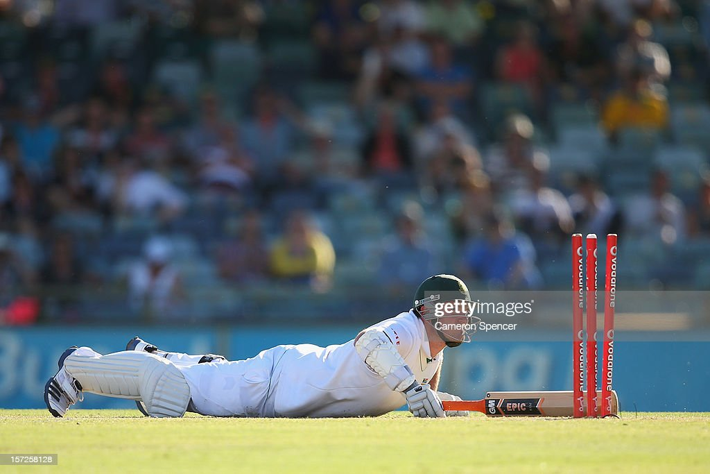 South African captain Graeme Smith avoids a runout during day two of the Third Test Match between Australia and South Africa at the WACA on December 1, 2012 in Perth, Australia.