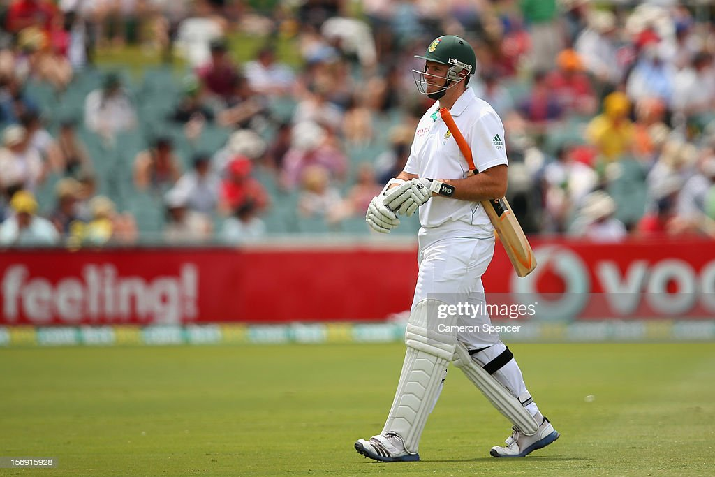 South African captain Graeme Smith walks off the field after being dismissed by Ben Hilfenhaus of Australia during day four of the Second Test Match between Australia and South Africa at Adelaide Oval on November 25, 2012 in Adelaide, Australia.