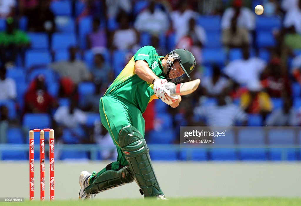 South African cricketer AB de Villiers hits a boundary off West Indies bowler Dwayne Bravo during the second One Day International match between West Indies and South Africa at the Sir Vivian Richards Stadium in St John's on May 24, 2010. AFP PHOTO/Jewel Samad