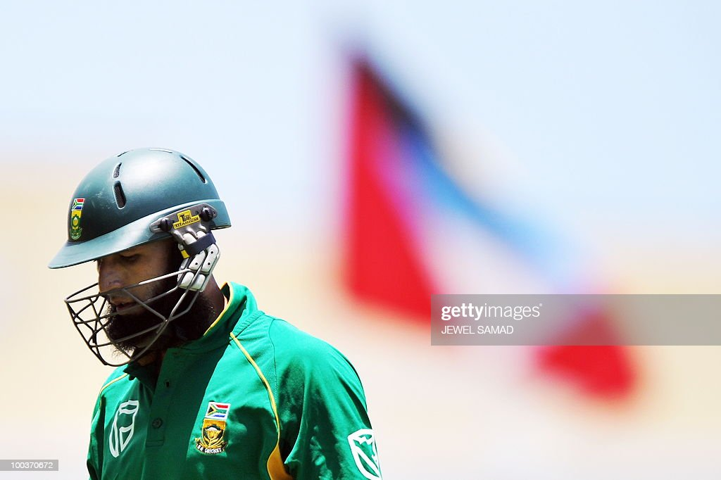 South African cricketer Hashim Amla leaves the field after being dismissed at 92-runs during the second One Day International match between West Indies and South Africa at the Sir Vivian Richards Stadium in St John's on May 24, 2010. AFP PHOTO/Jewel Samad