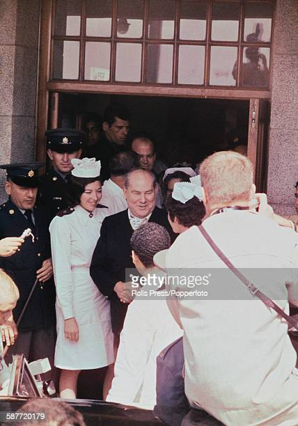 South African dentist Philip Blaiberg is greeted by a crowd of wellwishers as he leaves Groote Schuur Hospital in Cape Town South Africa following...
