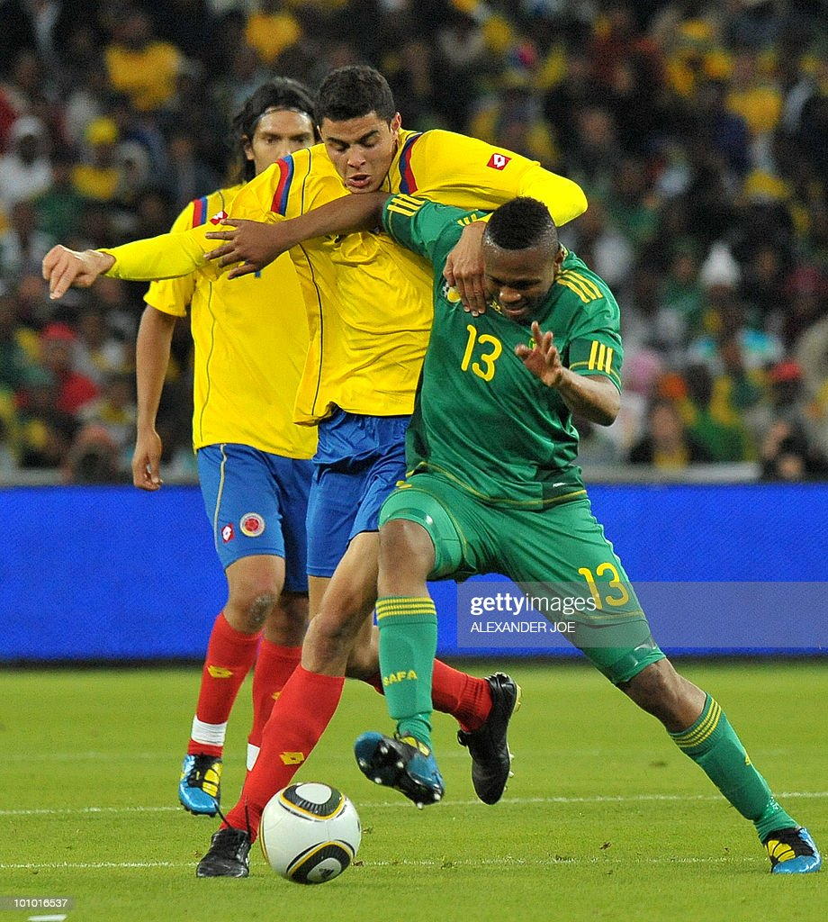 South African footballer Kagisho Gikgacoi (R) vies with Colombia's Giovanni Moveno during a friendly football match between South Africa vs Colombia at Soccer City Stadium in Soweto on May 27 , 2010 ahaed of the FIFA 2010 World Cup in South Africa.