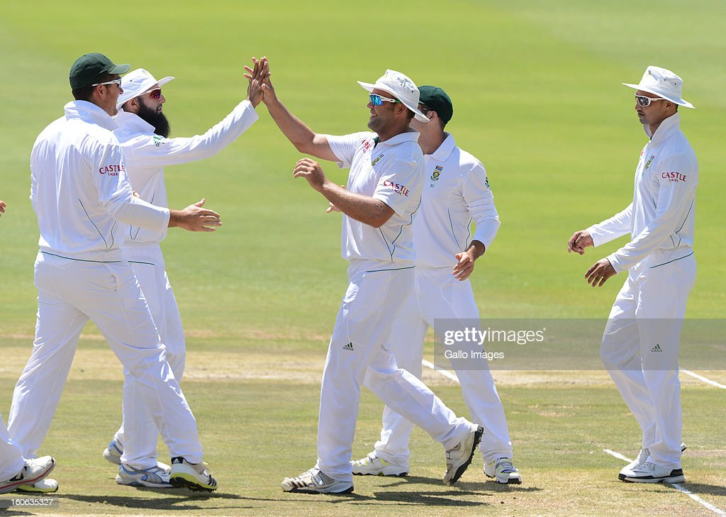 South African players celebrate another wicket during day 4 of the 1st Test match between South Africa and Pakistan at Bidvest Wanderers Stadium on February 4, 2013 in Johannesburg, South Africa.