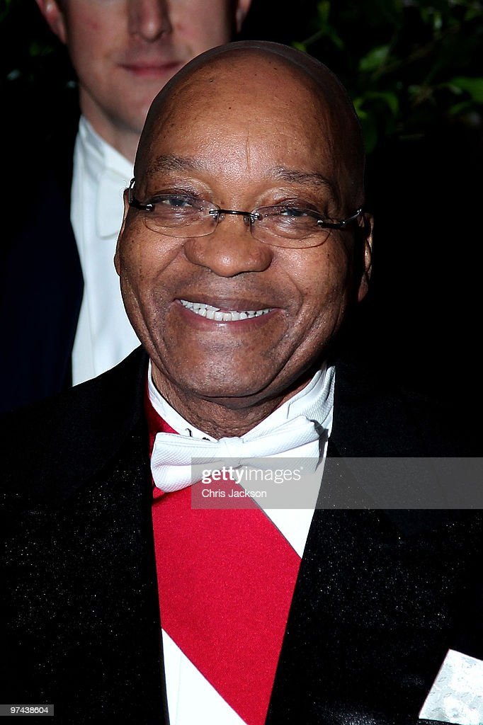 South African President <a gi-track='captionPersonalityLinkClicked' href=/galleries/search?phrase=Jacob+Zuma&family=editorial&specificpeople=564982 ng-click='$event.stopPropagation()'>Jacob Zuma</a> arrives at the Guildhall for a reception and banquet on March 4, 2010 in London, England. President Zuma and his wife are visiting the United Kingdom on a three day state visit.