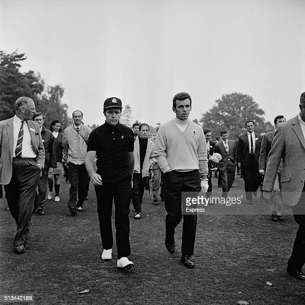 South African professional golfer Gary Player and English golfer Tony Jacklin play a private match at Sunningdale Golf Club Berkshire 6th October...