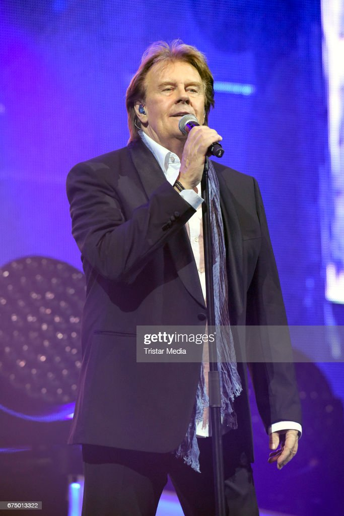 South african singer Howard Carpendale performs during 'Die Schlagernacht des Jahres' at Lanxess Arena on April 29, 2017 in Cologne, Germany.