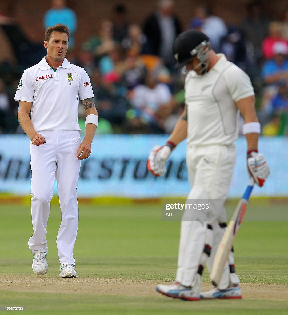South Africa's Dale Steyn (L) talks to New Zealand's Brendon McCullum on January 12, 2013 on the second day of the second and final Test at St George's Park in Port Elizabeth. PHOTO /Anesh Debiky