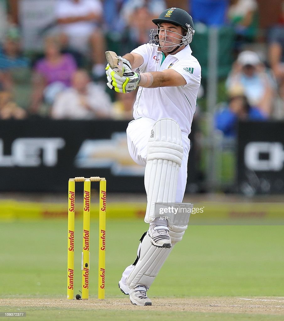 South Africa's Dean Elgar bats on January 12, 2013 on the second day of the second and final Test against New Zealand at St George's Park in Port Elizabeth. PHOTO /Anesh Debiky