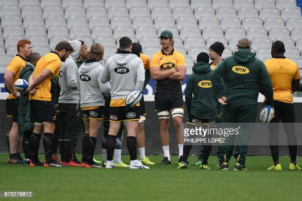 South Africa's national rugby union team Springboks captain and lock Eben Etzebeth and team mates attend the captain run training session on November...