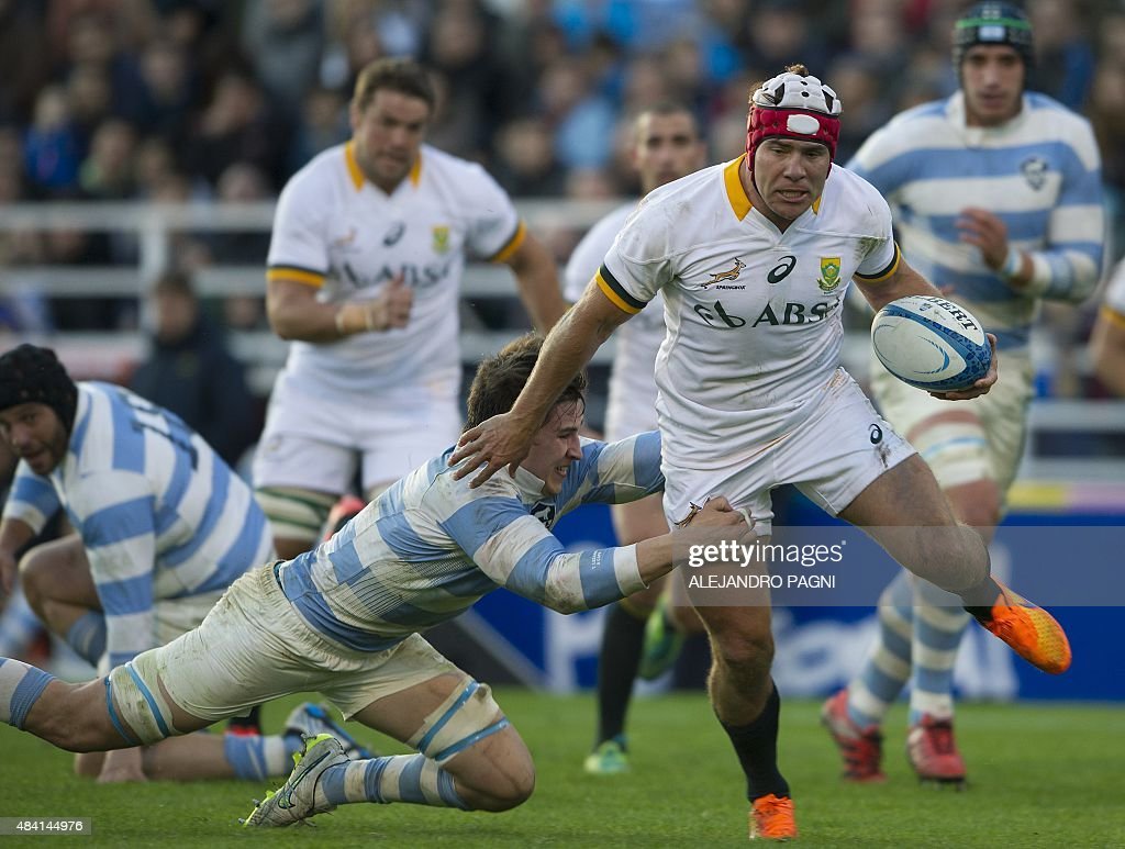 Brits South Africa  City pictures : South Africa's Springboks hooker Schalk Brits C R is tackled by ...
