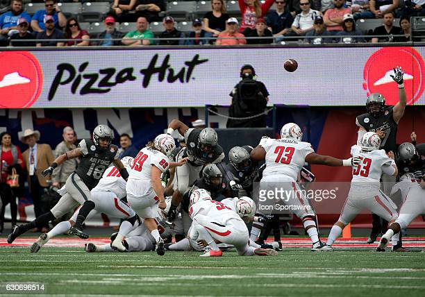 South Alabama Jaguars kicker Gavin Patterson nails an extra point on their first drive during the NOVA Home Loans Arizona Bowl NCAA football game...