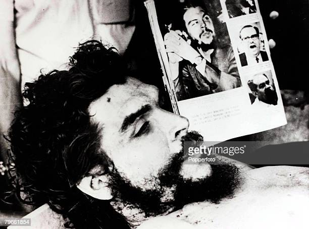 South America 11th October 1967 Latin American politician and soldier Ernesto 'Che' Guevara is pictured after being shot dead in Vallegrande Bolivia
