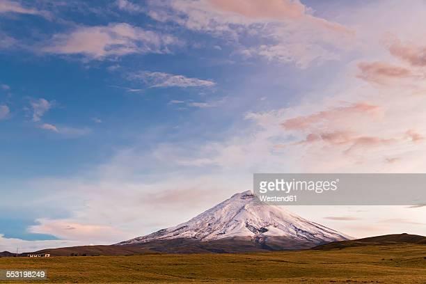 South America, Ecuador, Andes, Volcano Cotopaxi, Cotopaxi National Park, afterglow