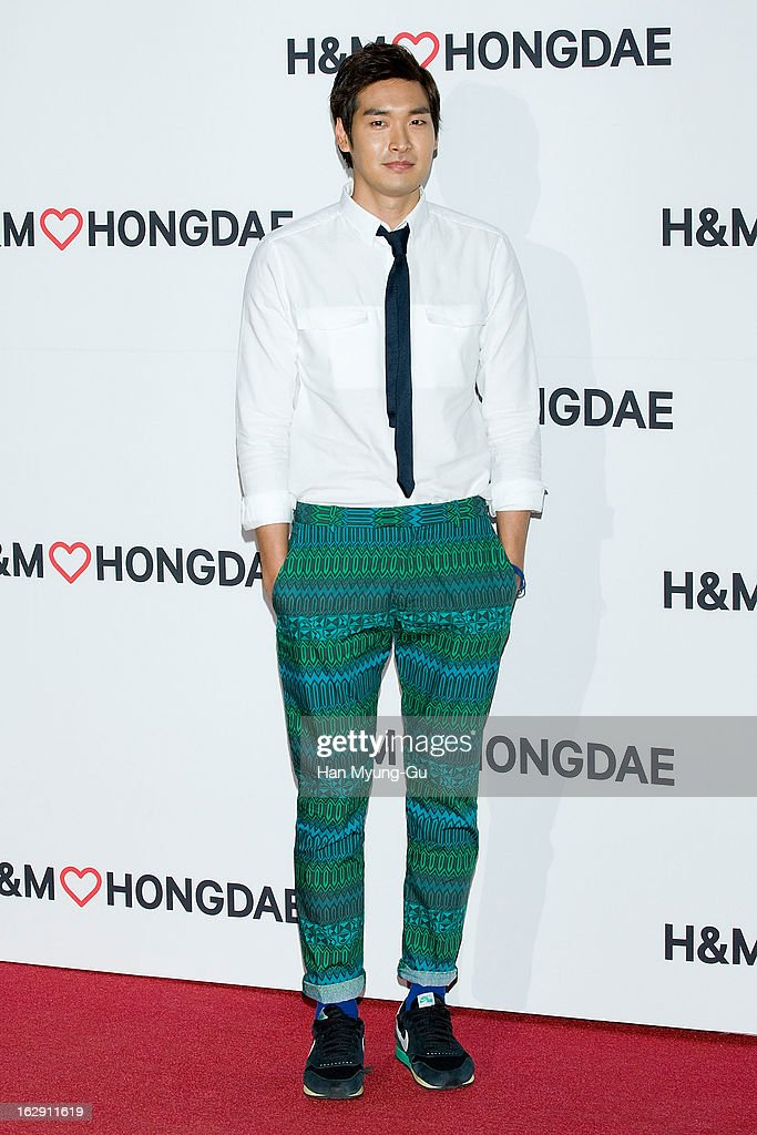 South Korean actor Jung Gyu-Woon attends the H&M (Hennes & Mauritz AB) Hongik University Store Opening on February 28, 2013 in Seoul, South Korea.