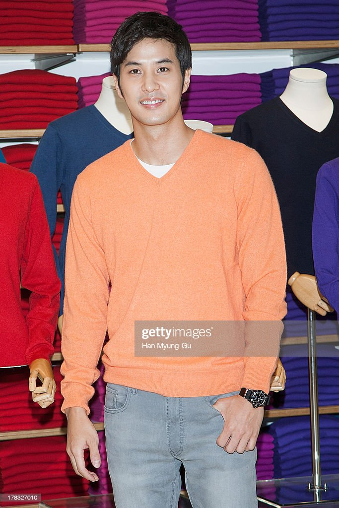 South Korean actor Kim Ji-Suk attends during the 'Uniqlo' 2013 F/W Silk/Cashmere Project press event at Gangnam Uniqlo Store on August 29, 2013 in Seoul, South Korea.