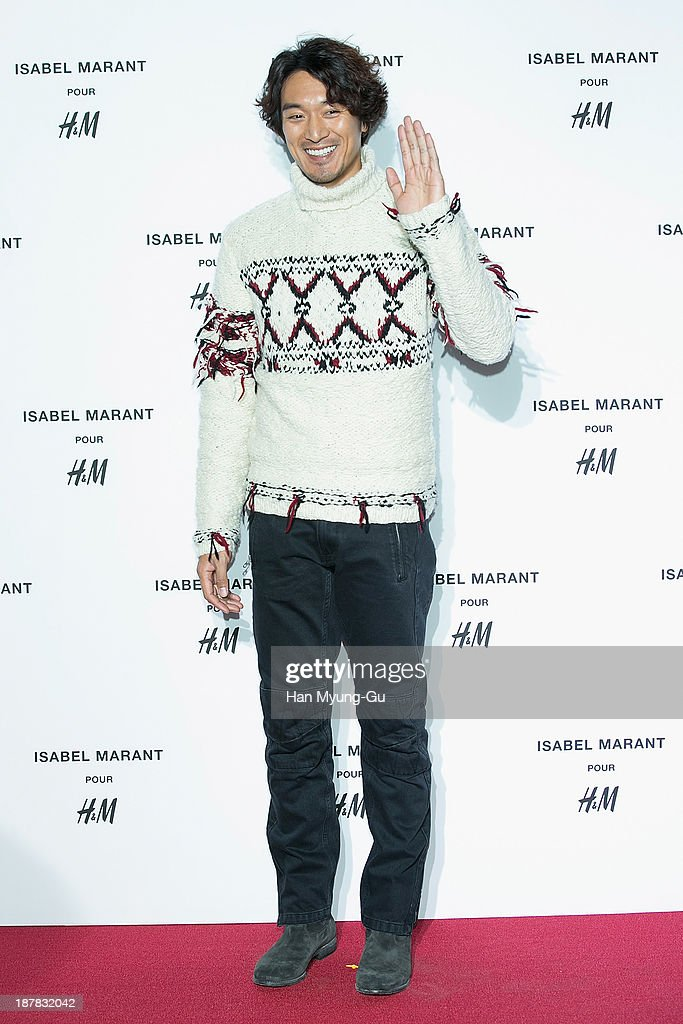 South Korean actor <a gi-track='captionPersonalityLinkClicked' href=/galleries/search?phrase=Kim+Min-Jun&family=editorial&specificpeople=4341551 ng-click='$event.stopPropagation()'>Kim Min-Jun</a> attends Isabel Marant Pour H&M pre-shopping and party at Noon Square H&M Store on November 12, 2013 in Seoul, South Korea.