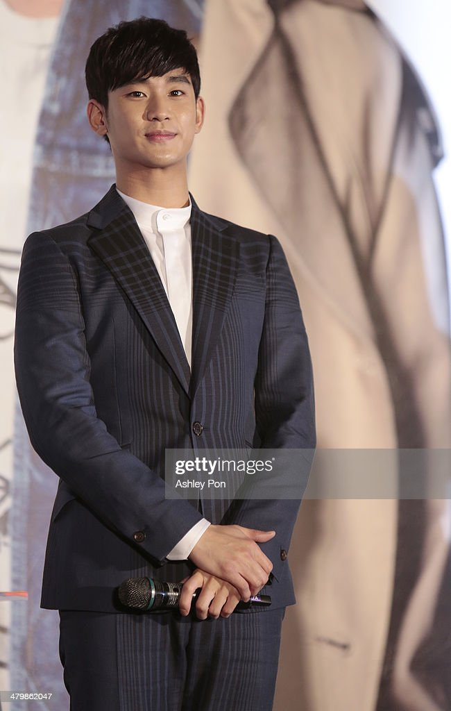 South Korean actor Kim Soo-Hyun attends the '1st Memories In Taiwan' press conference on March 21, 2014 in Taipei, Taiwan. Kim is famous for Korean TV drama 'Love From The Star' and will stay in Taipei for 2 days to meet with fans.