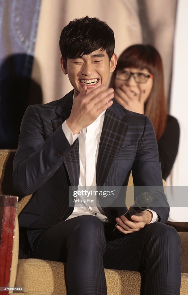 South Korean actor <a gi-track='captionPersonalityLinkClicked' href=/galleries/search?phrase=Kim+Soo-Hyun+-+Actor+-+Born+1988&family=editorial&specificpeople=8739405 ng-click='$event.stopPropagation()'>Kim Soo-Hyun</a> laughes at the '1st Memories In Taiwan' press conference on March 21, 2014 in Taipei, Taiwan. Kim is famous from Korean TV drama 'Love From The Star' and will stay in Taipei for 2 days to meet with fans.