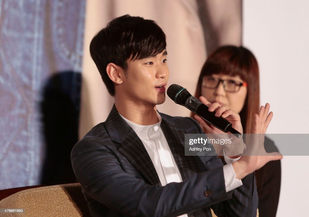 South Korean actor Kim Soo-Hyun speaks during the '1st Memories In Taiwan' press conference on March 21, 2014. March 21, 2014 in Taipei, Taiwan. Kim is famous from Korean TV drama 'Love From The Star' and will stay in Taipei for 2 days to meet with fans.
