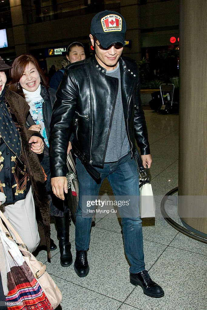 South Korean actor Lee Byung-Hun is seen upon arrival at Incheon International Airport on February 28, 2013 in Incheon, South Korea.