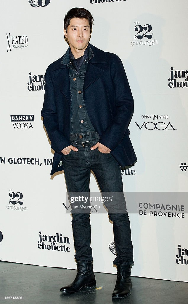 South Korean actor Lee Dong-Gun attends during a promotional event of the 'Jardin de Chouette' 2013 S/S Collection at AX Korea on November 19, 2012 in Seoul, South Korea.