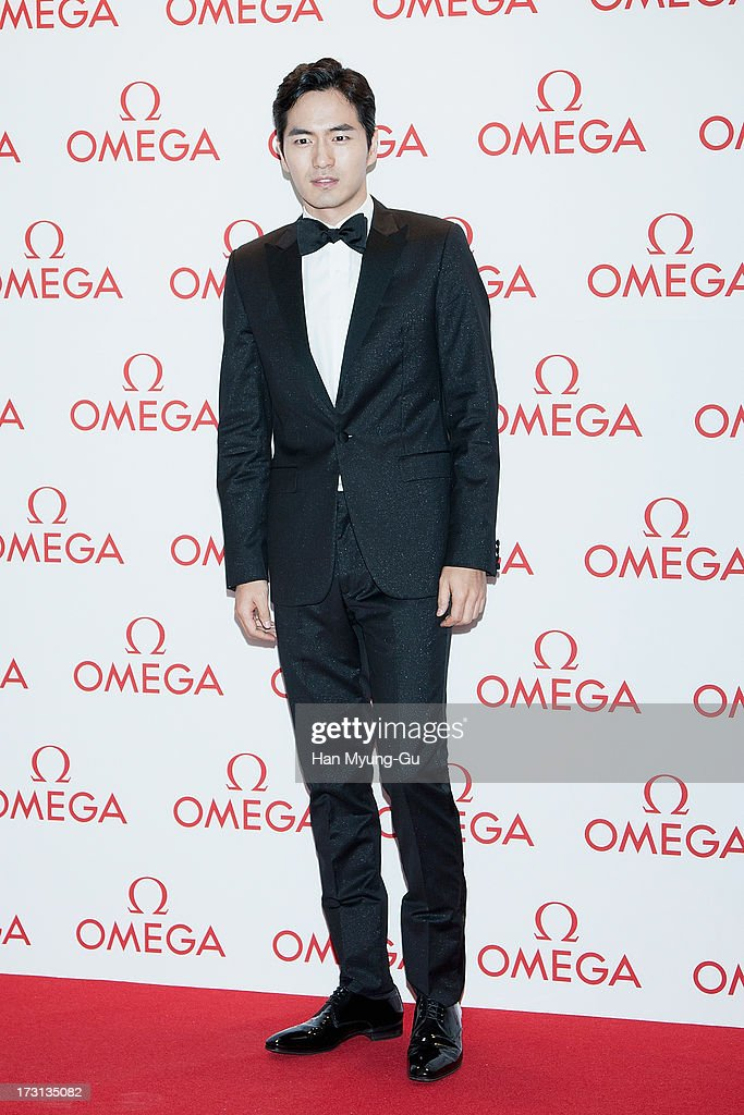 South Korean actor Lee Jin-Wook attends the 'OMEGA' Co-Axial Movement Exhibition at Beyond Museum on July 8, 2013 in Seoul, South Korea.