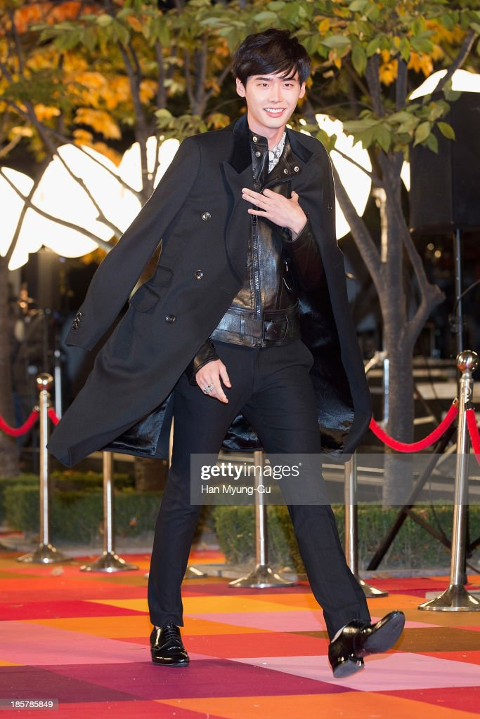 South Korean actor Lee Jong-Suk attends 2013 Style Icon Awards at CJ E&M Center on October 24, 2013 in Seoul, South Korea.