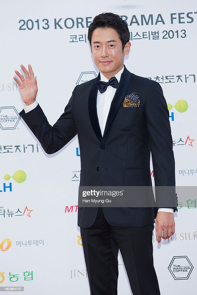 South Korean actor Pillip Choi arrives for photographs at 2013 Korea Drama Awards at Jinju Arena on October 02, 2013 in Jinju, South Korea.