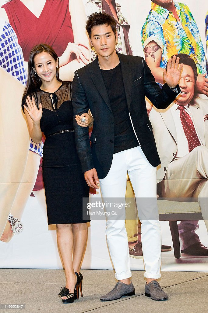 South Korean actors <a gi-track='captionPersonalityLinkClicked' href=/galleries/search?phrase=Jo+Yeo-Jeong&family=editorial&specificpeople=7240534 ng-click='$event.stopPropagation()'>Jo Yeo-Jeong</a> and Kim Kang-Woo attend during a press conference to promote the KBS drama 'Haeundae Lovers' at Imperial Palace Hotel on August 01, 2012 in Seoul, South Korea. The drama will open on August 06 in South Korea.