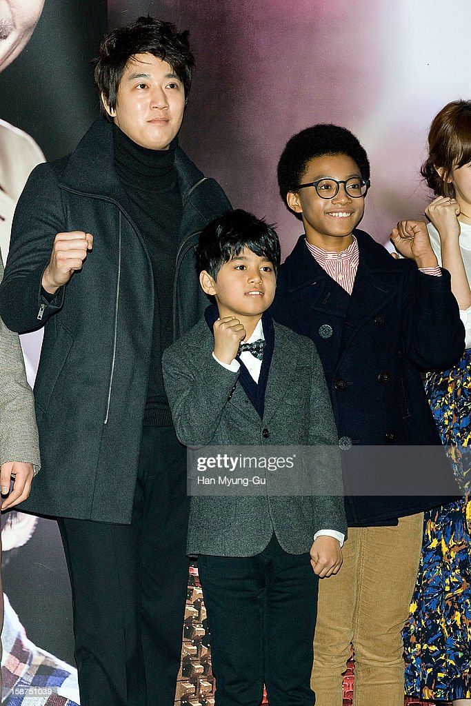 South Korean actors Kim Rae-Won, Ji Dae-Han and Hwang Yong-Yon attend the 'My Little Hero' press screening at CGV on December 27, 2012 in Seoul, South Korea. The film will open on Janeary 10, 2013 in South Korea.