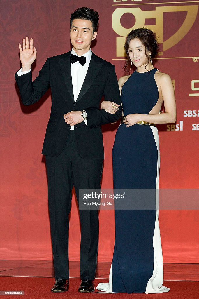 South Korean actors Lee Dong-Wook and Jung Ryeo-Won attend during the 2012 SBS Drama Awards at SBS Prism Tower on December 31, 2012 in Seoul, South Korea.