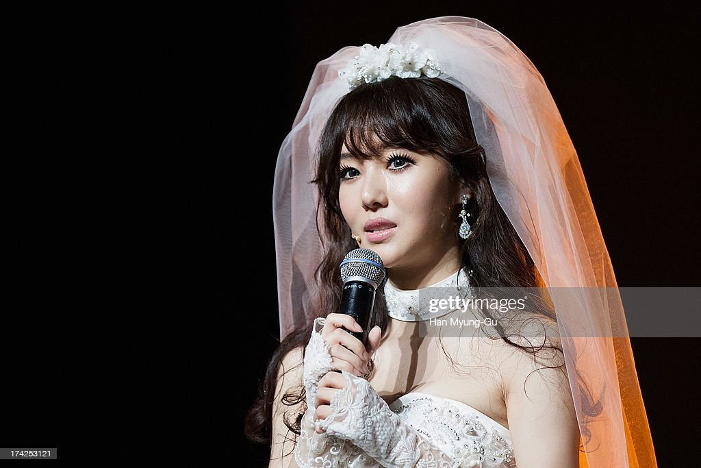 South Korean actress and singer Lee Jung-Hyun attends during her Album 'V' Showcase at V-Hall on July 22, 2013 in Seoul, South Korea.