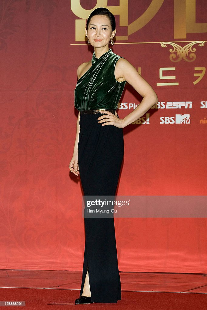 South Korean actress Chae Si-Ra attends during the 2012 SBS Drama Awards at SBS Prism Tower on December 31, 2012 in Seoul, South Korea.