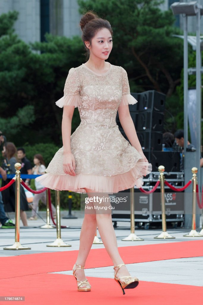 South Korean actress Cho Bo-Ah arrives for photographs at the Seoul International Drama Awards 2013 at National Theater on September 5, 2013 in Seoul, South Korea.