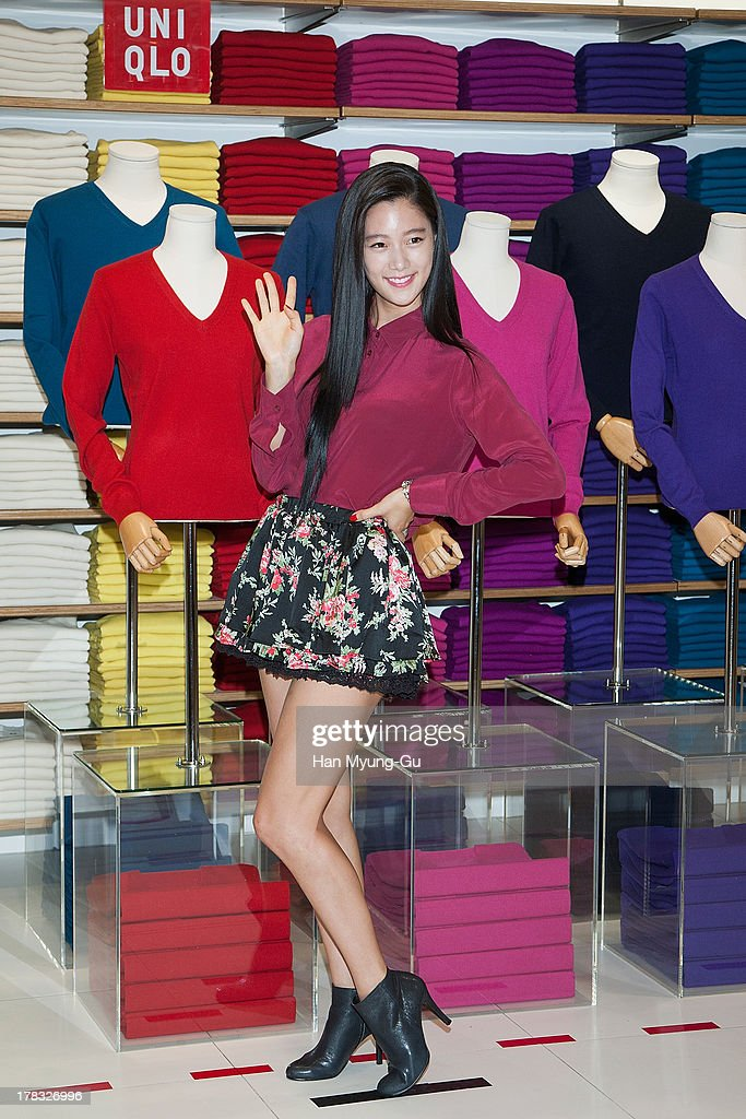 South Korean actress <a gi-track='captionPersonalityLinkClicked' href=/galleries/search?phrase=Clara+-+South+Korean+Actress&family=editorial&specificpeople=13597668 ng-click='$event.stopPropagation()'>Clara</a> attends during the 'Uniqlo' 2013 F/W Silk/Cashmere Project press event at Gangnam Uniqlo Store on August 29, 2013 in Seoul, South Korea.