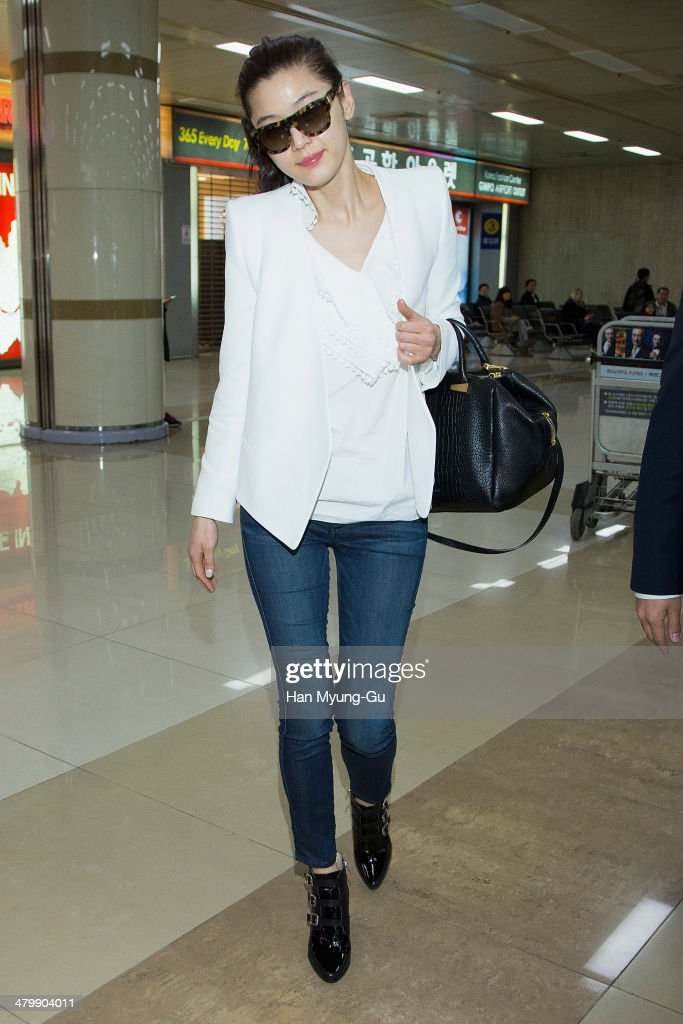 South Korean actress Gianna Jun (Jeon Ji-Hyun) is seen upon arrival at Gimpo International Airport on March 21, 2014 in Seoul, South Korea.